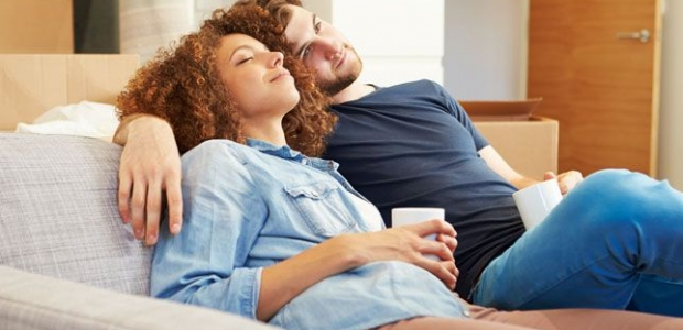 While there's nothing wrong with being lazy from time to time, you and your partner will feel so much better if you just get up and do something active post your holiday celebration. (Photo: Shutterstock)