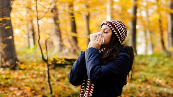 Fall leaves are beautiful, but once they have fallen they begin to gather mold, which is an allergen. (Photo: Getty Images)