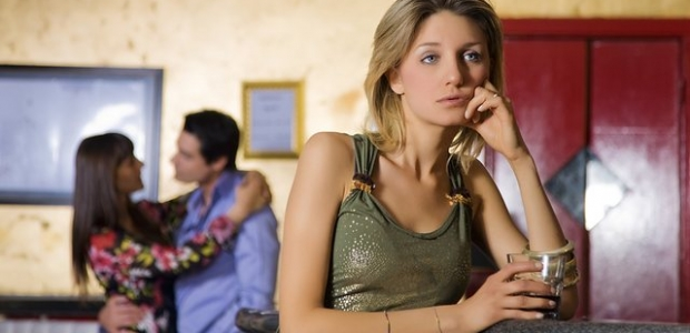 Being single is great, except maybe before the brink of cuffing season. (Photo: Shutterstock)
