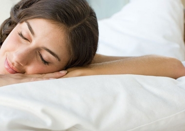 Summer, with hot temperatures and increased light, might not be good for your sleep. (Photo: Alamy)