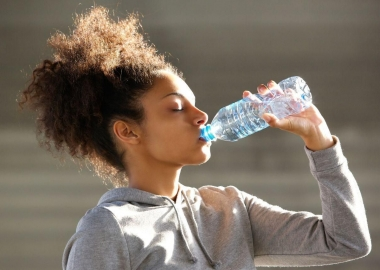 It is possible to drink too much water and overhydrate, especially in the summer heat. (Photo: Shutterstock)
