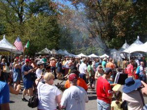 A crowd of people at a past  Falls Church Festival. (Photo: Falls Church Recreation and Parks Department)