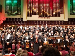 Member and the orchestra on stage facing the audienen at Handel's Messiah sing-along. (Photo: Garrett Lakes Arts Festival)