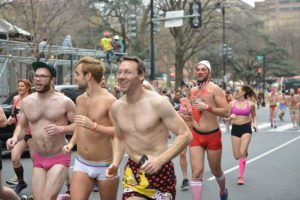 Rurnners in their underwear running up 14th Street NW. (Photo: S. Pakhrin)