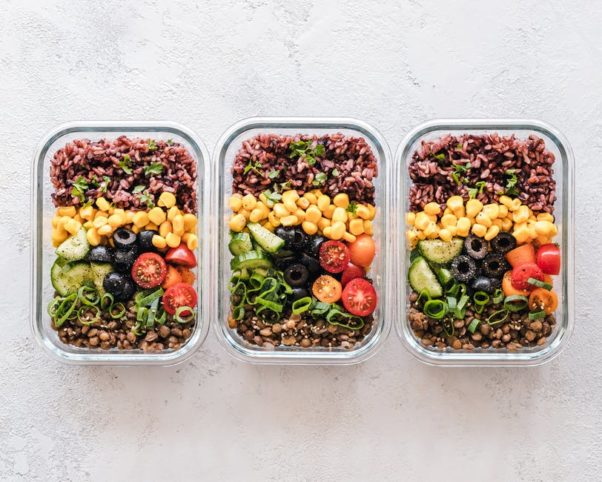 Three containers of prepared meals. (Photo: Ella Olsson/Pexels)