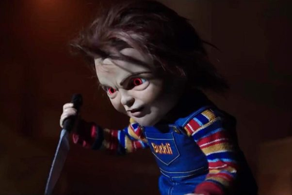 Chucky holding a knife. (Photo: United Artists Releasing)