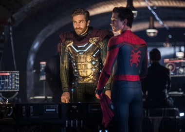 Mysterio (Jake Gyllenhaal) and Spider-Man (Tom Holland) in Nick Fury's headquarters. (Photo: Sony Pictures)