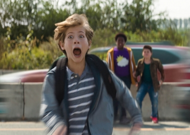 Max (Jacob Tremblay) crosses a busy highway as Lucas (Keith L. Williams) and Thor (Brady Noon) watch from the center of the road. (Photo: Universal Pictures)