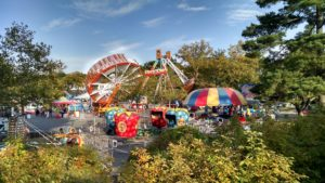 Carnival rides at the Greenbelt Labor Day Festival. (Photo: Kim/Flickr)