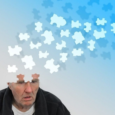 Illustration of old man with puzzle pieces floating out of head. (Photo: Gert Altmann/Pixabay)