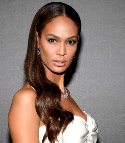 Fashion model Joan Smalls with mink mocha colored hair. (Photo; Getty Images)