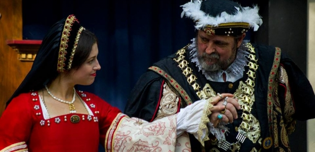 Anne Bolyn and King Henry VIII stroll through the Maryland Renaissance Festival holding stands. (Photo: Keith Heffner)