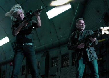 Sarah Connor (Linda Hamilton) and T-800 ( Arnold Schwarzenegger) fire guns. (Photo: Paramount Pictures)