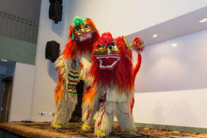 Two traditional Chinese lions on stage. (Photo: National Museum of Asian Art)