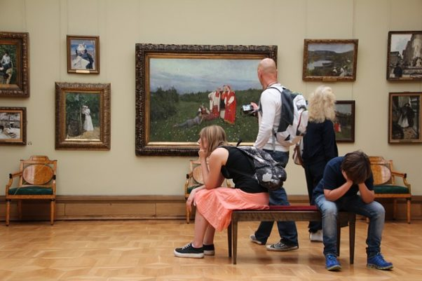 Two people looking at paintings in a gallery while two others sit on a bench with chin on hands bored. (Photo: Peggy and Marco Lachmann-Anke/Pixabay)Two people looking at paintings in a gallery while two others sit on a bench with chin on hands bored. (Photo: Peggy and Marco Lachmann-Anke/Pixabay)