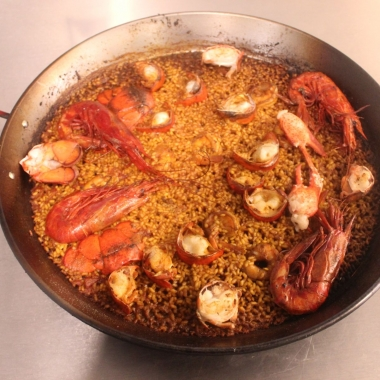 Paella de la duquessa de Denía with lobster, red prawn, cuttlefish and sénia rice. (Photo: Mark Heckathorn/DC on Heels)