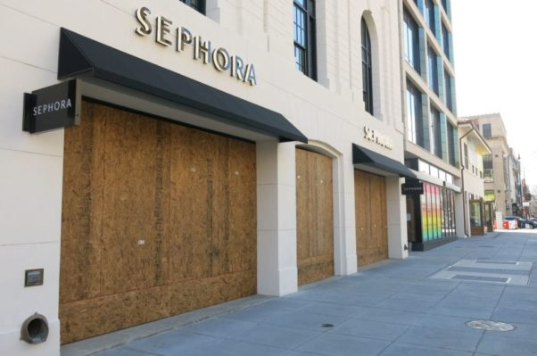 The Sephora store on 14th Street NW in Logan Circle is boarded up. (Photo: Popville)