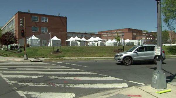 Tents at D.C.'s new coronavirus testing site at UDC's Bertrie Backus campus. (Photo: Fox 5 DC)