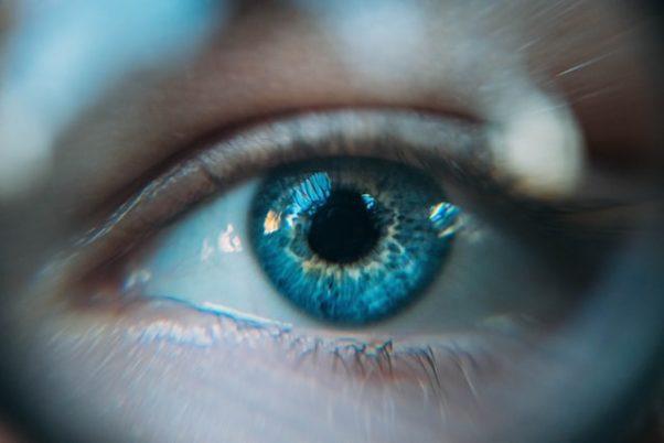 Closeup of a woman's blue eye. (Photo: Daniil Kuzaelv/Unsplash)