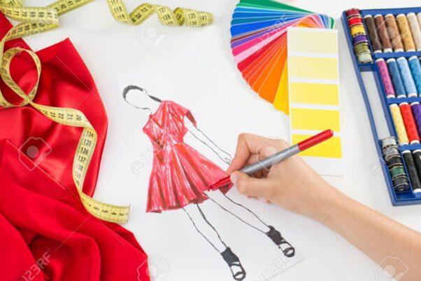 Fashion designer working in studio. Close up design. (Photo: 123rf)