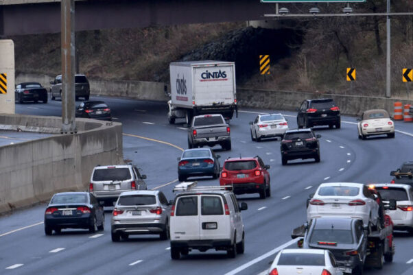 Traffic backup where the Capital Beltway meets the I-270 spur (Photo by Katherine Frey/Washington Post via Getty Images)
