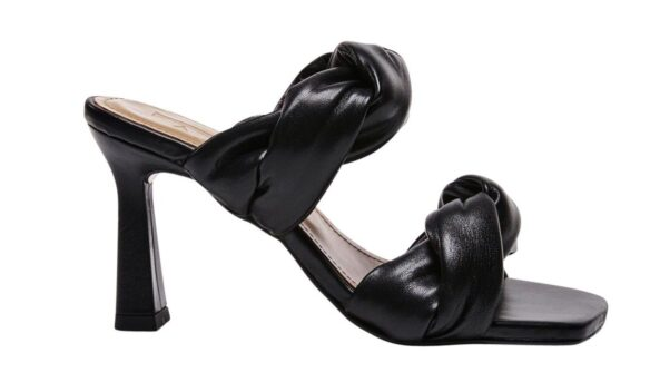 black kitten heel slipons (Photo: Contributed)
