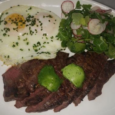 Steak & eggs (Photo: Mark Heckathorn/DC on Heels)